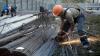 Lipsa cadrelor calificate, în atenţia Guvernului: A fost aprobat un plan de acţiuni privind pregătirea muncitorilor