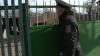 (VIDEO) Zeci de locuitori din Dubăsari s-au trezit cu poliţistul de sector la poartă