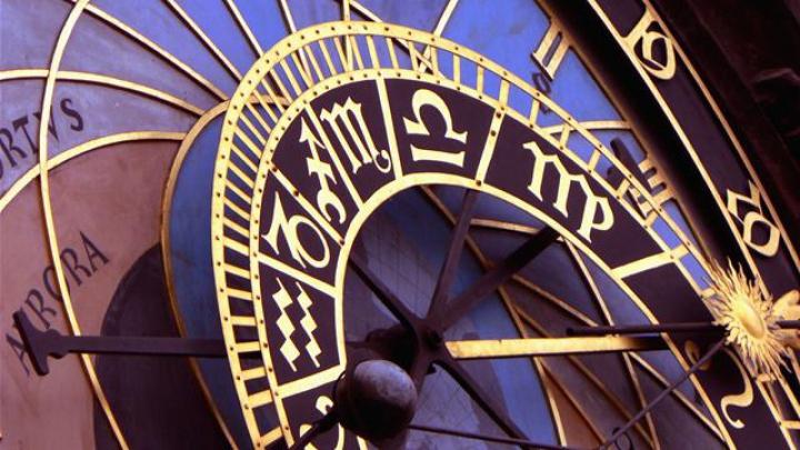 Astrele recomandă nativilor din Capricorn să evite certurile, iar Vărsătorii să amâne întâlnirile de afaceri