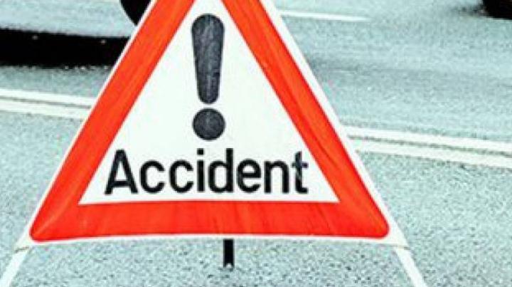 Opt accidente rutiere în doar 24 de ore: Două persoane au decedat, iar altele şase au fost traumatizate