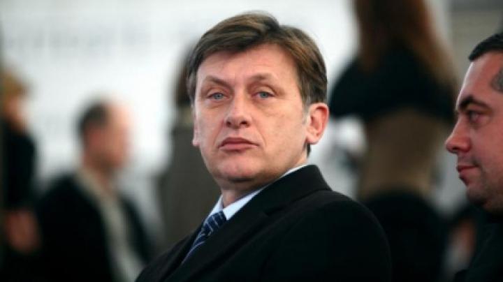 Crin Antonescu va vizita Republica Moldova. Ce va discuta preşedintele Senatului României cu oficialii de la Chişinău