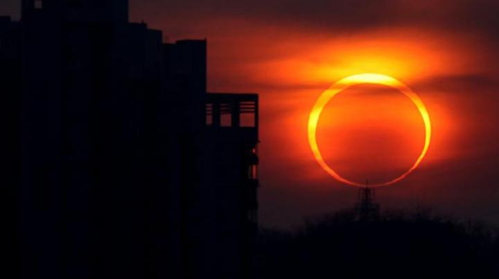 Eclipsa de soare în luna august. Când va avea loc și unde va putea fi vizibilă