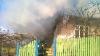 Casă în flăcări în Ialoveni. Un bărbat a ars de viu, iar martorii spun că acesta a dat foc locuinţei (FOTO)