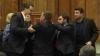 Ultima şedinţă a Parlamentului din sesiunea toamnă-iarnă se incheie cu ÎMBRÂNCELI (VIDEO)