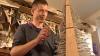 A creat un brăduţ inedit, ca să facă un copil fericit de Crăciun (VIDEO)