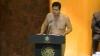 (VIDEO) Un deputat a ieşit la tribună doar în lenjerie intimă. AFLĂ motivul pentru care a făcut acest gest