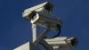 PERICOL DE ACCIDENTE! Pilonii pe care sunt montate camerele video, instalaţi pe trotuare sau chiar pe carosabil