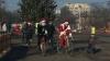 Mai mulţi Moşi Crăciuni au apărut pe biciclete în capitală (VIDEO)