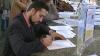Scrisori şi semnături în susţinerea victimelor torturii. Mesajele ar putea determina autorităţile să ia atitudine