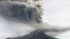 Un vulcan din Indonezia a ERUPT VIOLENT în ultima zi a anului