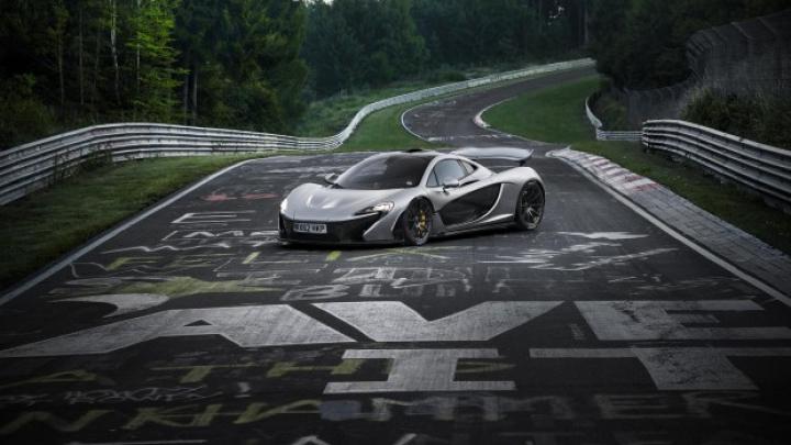 McLaren P1 revine pe circuitul de la Nurburgring pentru un nou record (VIDEO)