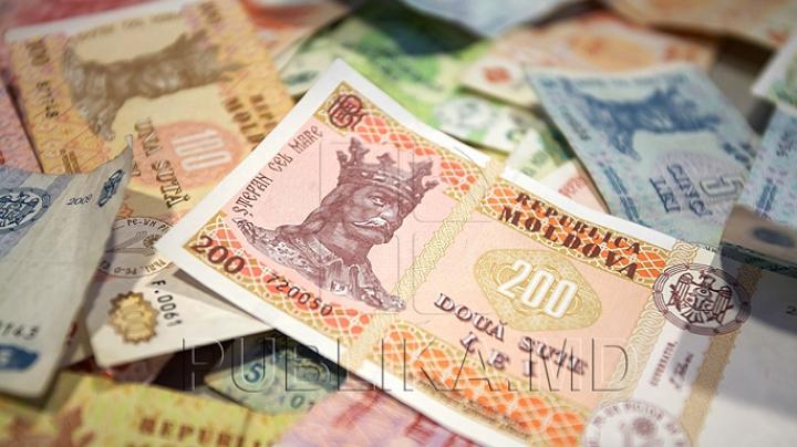 Persoanele cu nevoi speciale, bătrânii neajutoraţi şi copiii orfani vor primi mai mulţi bani de la stat