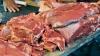 Carnea de porc este la mare căutare în pieţele din capitală. Ce preţuri afişează comercianţii