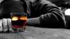 Consumatorii de alcool în exces se expun unui risc mai mare de a se îmbolnăvi de cancer de piele