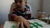 Proiectul privind integrarea socială a copiilor cu dizabilităţi în şcolile din Briceni nu se lasă implementat. Autorităţile găsesc scuze