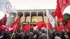 Anul politic 2013 - scandaluri cu pumni în Parlament, destrămarea PL şi demiterea Guvernului Filat. Ce alte evenimente au marcat Moldova