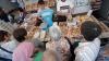 """(VIDEO) Locuitorii capitalei au făcut ultimele cumpărături pentru masa de Crăciun. """"Preţurile sunt foarte mari"""""""