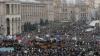 (LIVE-VIDEO/FOTO) Victor Ianukovici a acceptat cererea de demisie a premierului Mikola Azarov