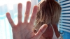 Un nou caz de viol în grup. O femeie a fost agresată sexual de şase bărbaţi, după care i-au fost furaţi banii