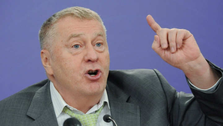 Jirinovski le interzice colegilor de partid să facă sex mai des decât de patru ori pe an