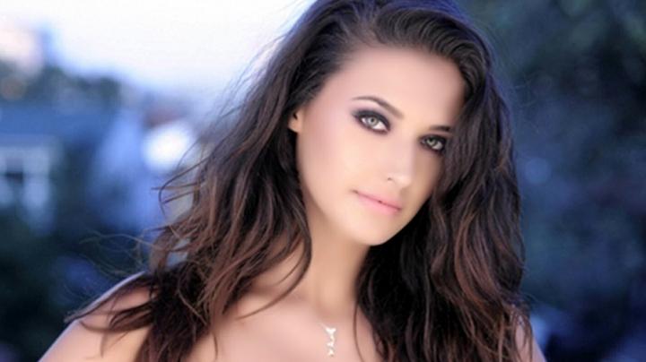 Antonia, în top 100 cele mai frumoase femei din anul 2017. Pe ce loc este situată interpreta