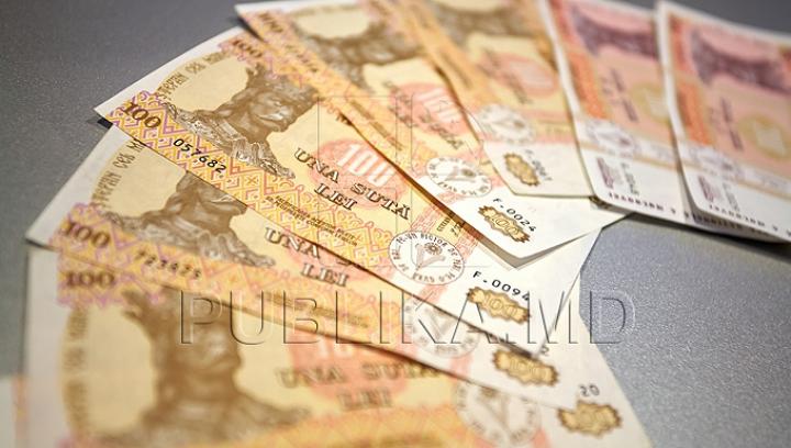 Vama şi Fiscul au adus cei mai mulţi bani la buget în 2013