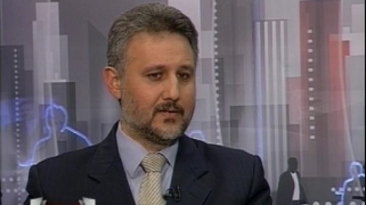 Marius Lazurcă dă asigurări că gazul va curge în acest an pe conducta Iaşi-Ungheni şi regretă dificultăţile la acordarea cetăţeniilor