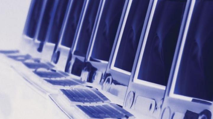 20 de şcoli din mai multe raioane vor avea computere noi