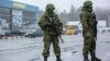 TENSIUNE în Crimeea: Două aeroporturi au fost asediate de oameni înarmaţi, iar Kievul acuză Rusia de invazie şi ocupaţie (LIVE TEXT)