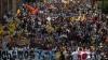 Sute de oameni continuă să protesteze în Venezuela, chiar dacă autorităţile au interzis demonstraţiile