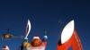 Flacăra olimpică a ajuns pe Muntele Elbrus, fiind transportată de doi alpinişti