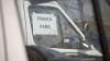 Autorităţile ar putea acorda licenţe pentru cei care transportă colete DETALII
