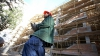 Accidente GROAZNICE la locul de muncă! Tot mai mulţi moldoveni sunt striviţi de utilaje sau cad de la înălţime