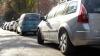 INCREDIBIL! Un şofer era cât pe ce să provoace un accident de proporţii, dar a reuşit să parcheze ca prin minune (VIDEO)