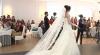 Recomandări pentru mirese. Iată ce modele de rochii, coafuri şi accesorii se poartă în 2014 (VIDEO)