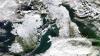 Ploile torenţiale transformă viaţa britanicilor într-un coşmar, iar câteva regiuni din China au fost acoperite cu zăpadă