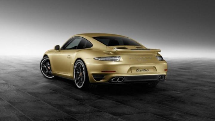 Un nou model 911 personalizat, creat de Porsche Exclusive (FOTO)