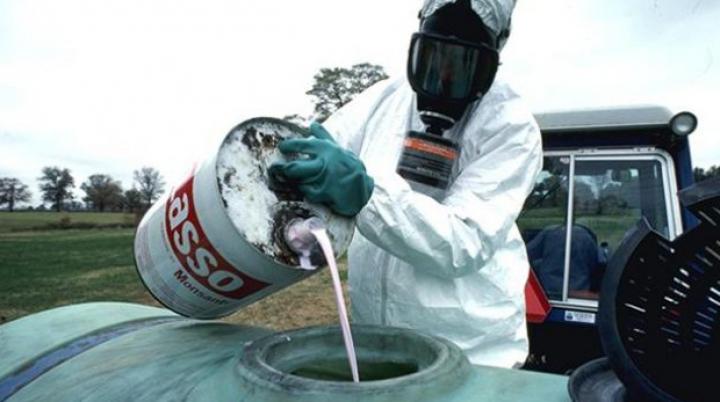 Ultimul lot de pesticide din raioanele Ialoveni și Anenii Noi a fost evacuat