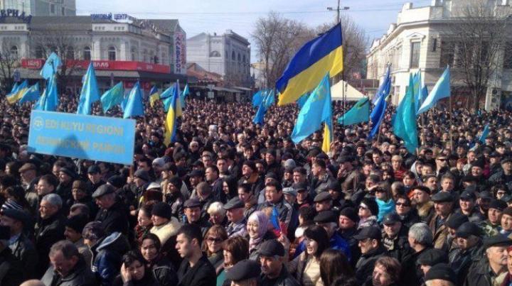 Un angajat al Kremlinului recrutează specialişti în propagandă şi organizarea evenimentelor în masă în Ucraina