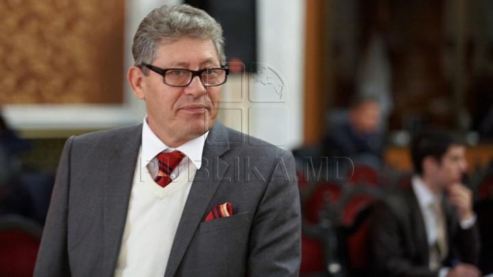 REPLICA lui Ghimpu în adresa Mariei Ciobanu: Nu vreau să vorbesc cu ea pentru că umblă în fustă lungă