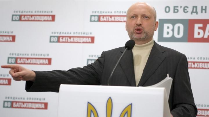 """Conducerea Ucrainei e gata să ierte """"păcatele"""" separatiştilor dacă vor preda armele benevol"""