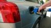 Scumpiri la carburanţi la benzinăriile din Chişinău