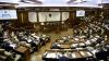 Îndemn în Parlament: Să dăm de trei ori din urechi pentru a nu se ţine spaghetele de ele (VIDEO)