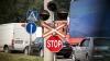 Şoferii care traversează neregulamentar calea ferată vor fi pedepsiţi drastic DETALII