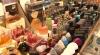 """Piaţa Centrală, PLINĂ de parfumuri contrafăcute în Turcia sau Emiratele Arabe Unite. """"Am folosit şi totul e bine"""""""