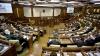 Cu obiectivul pe deputaţi! Cum ajung imaginile şi reacţiile parlamentarilor la jurnalişti (VIDEO)