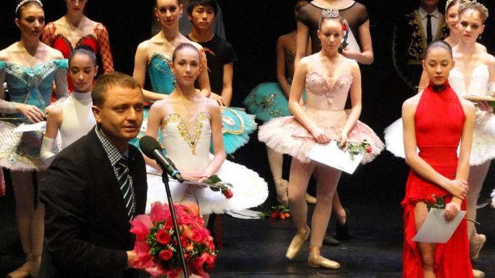 Trei balerine din Republica Moldova participă la Concursul Internaţional de Balet din Tallin, Estonia