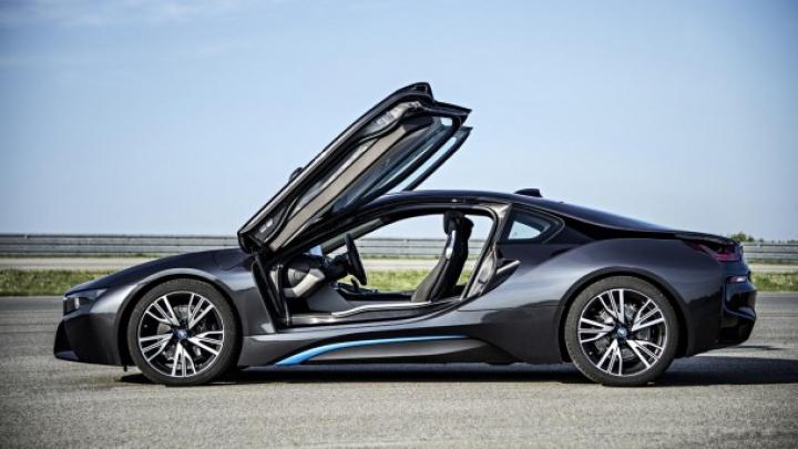 BMW i8 părăseşte linia de ansamblare în primăvară