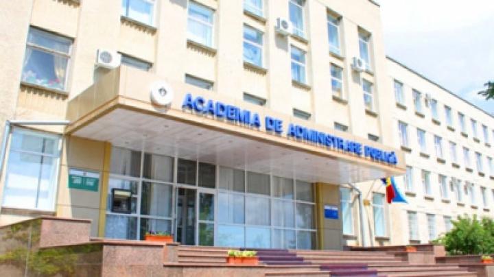 """Academia de Administrare Publică a pierdut sintagma """"de pe lângă preşedintele Republicii Moldova"""" din denumirea oficială"""
