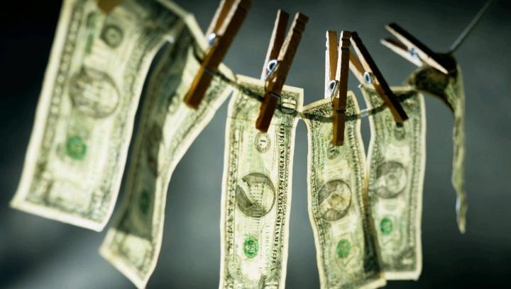 HOROSCOP: Cum vei sta cu banii în luna aprilie în funcţie de zodie